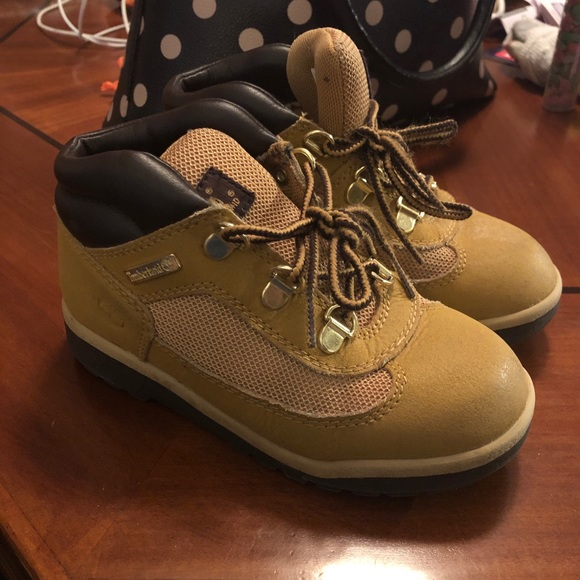 Field boot boy size 13 toddler hiking timberland
